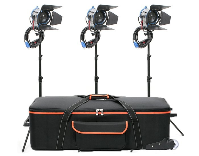 Cinelight Junior Fresnel 650 Watt, Kit, 3 x Cinelight 650, 3 x Flügelbegrenzer, 3 x Stativ
