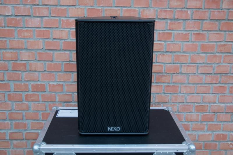 NEXO PS15