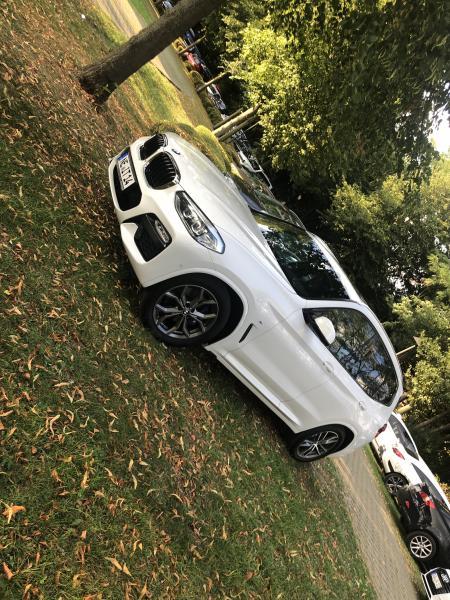 BMW X3 30i