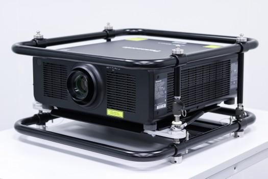 Panasonic PT-RZ120 DLP Laserprojektor mit Frame & Trusshalter